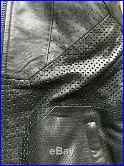 Blouson Bombers oversize SANDRO en cuir neuf avec etiquette manteau