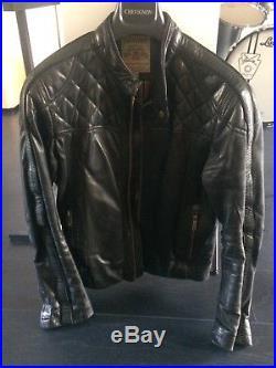 Lot de deux blousons/vestes Chevignon et Redskins demi-saison cuir noir/marron