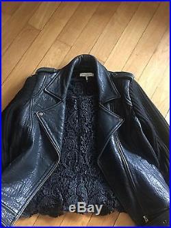 Très beau blouson veste manteau perfecto SANDRO, cuir + 1 haut guipure offert