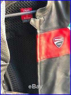 Veste en cuir Ducati Corse 18 C3 Blouson Cuir Ducati corse 9810373